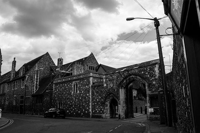 VOYAGE-Canterbury-rue2
